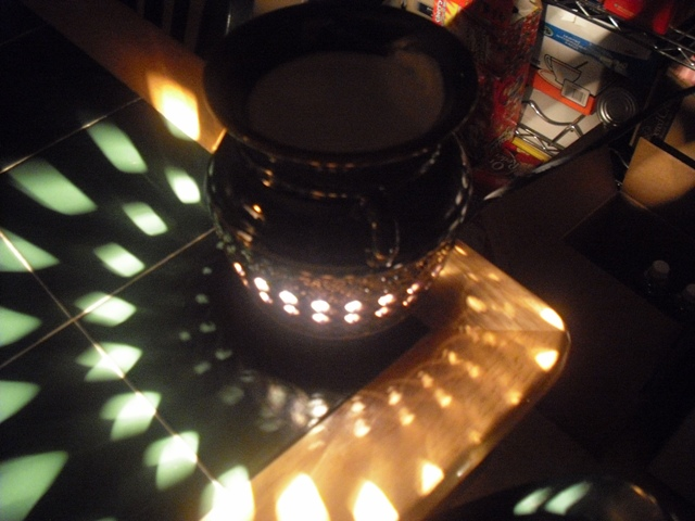 partylite flameless candle lit dark