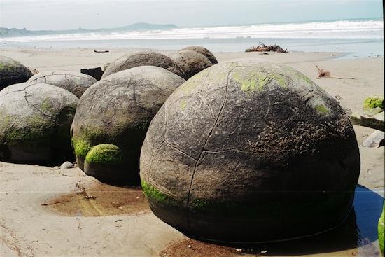 New Zealand Boulders