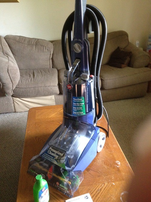 review hoover max extract 60 pressure pro carpet deep cleaner mom knows it all. Black Bedroom Furniture Sets. Home Design Ideas