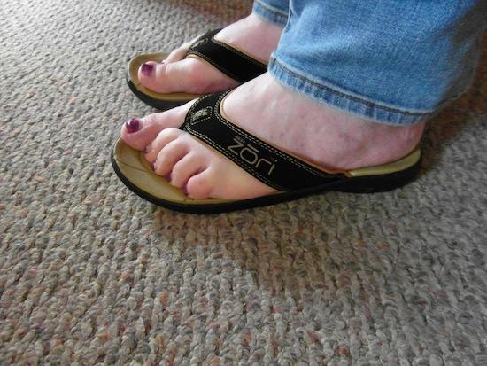 Zori footwear